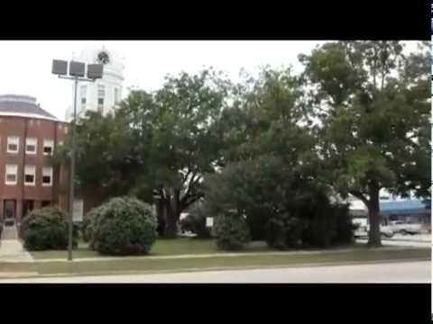 Monroeville, Alabama -- A Walk Downtown