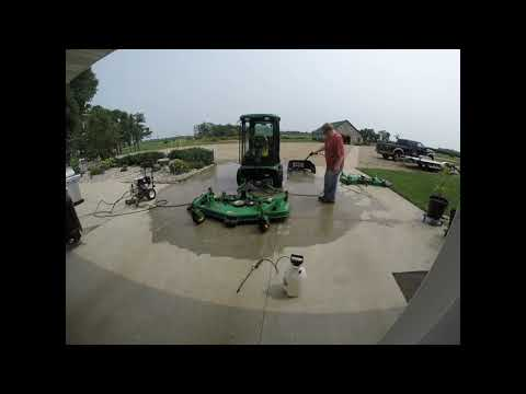 Cleaning The John Deere 1435