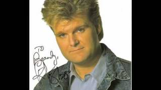 Watch Ricky Skaggs Ridin That Midnight Train video