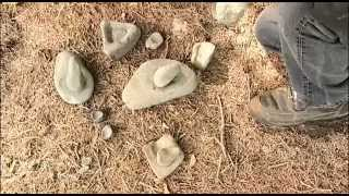 Indian stone tools, artifacts, how to identify ancient stone tools, metates, grinding stones.