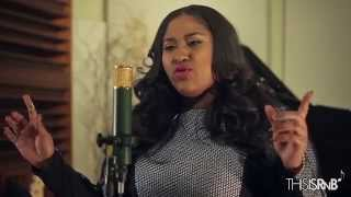 "Jazmine Sullivan Performs ""Stupid Girls"" Acoustic on ThisisRnB Sessions"
