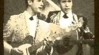 Buck Owens & His Buckaroos - My Heart Skips a Beat