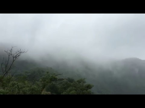 4K in Shenzhen OCT East mountain with fog