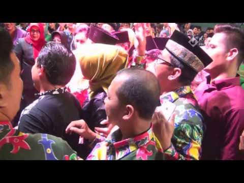 faank-wali-band-diserbu---si-udin-bertanya-song