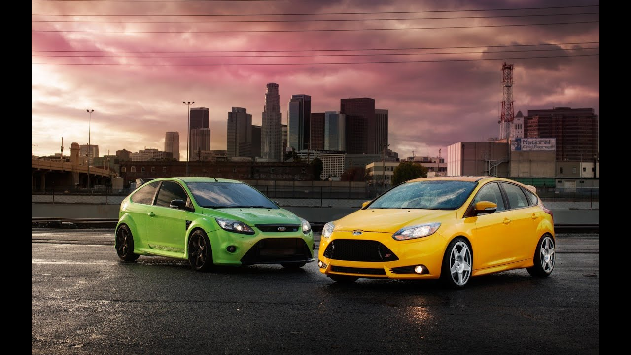 car battle ford focus st vs ford focus rs 500 who is the real focus youtube. Black Bedroom Furniture Sets. Home Design Ideas