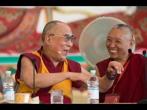 Далай-лама в Институте ламы Цонкапы