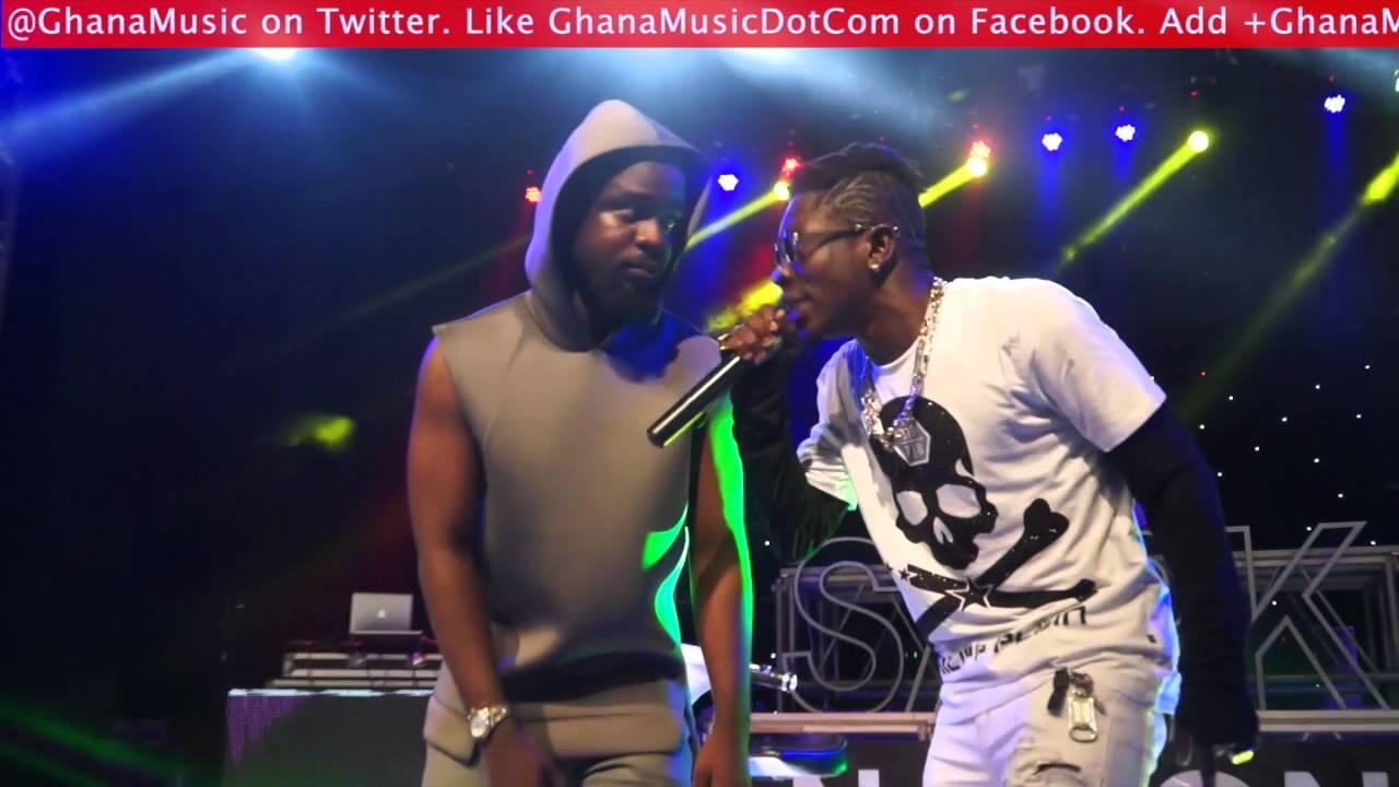 Download Sarkodie & Shatta Wale perform 'Kakai' @ Rapperholic concert 2015   GhanaMusic.com Video