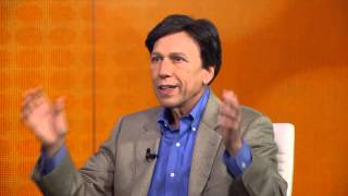 Peter Kuznick describes the real target of the atomic bomb