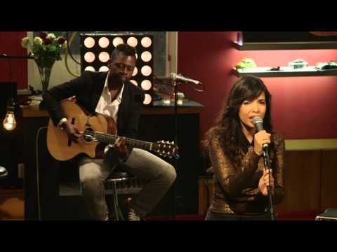 Indila - S.O.S.  (Live - Paris)