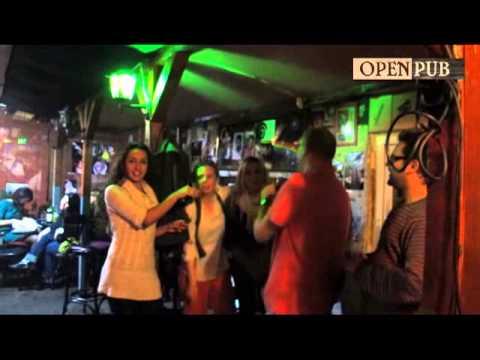 Karaoke @ open pub :)
