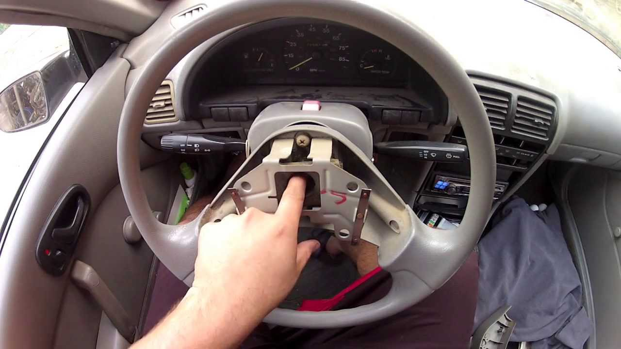 geo metro   remove  steering wheel horn fix