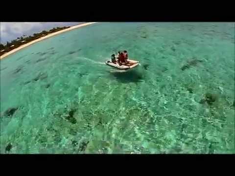 Inflatable catamaran / Matafonua Lodge Tonga