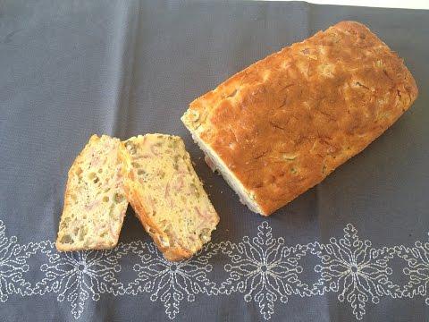 recette-facile-du-cake-au-jambon-et-aux-olives---cécile-lw
