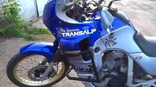 Honda Transalp 600 обзор ,осмотр мотоцикла перед покупкой (Часть 1)(Видео для покупателей данного мотоцикла .В видео забыл указать ,что мотор не должен издавать стуков ,скрипо..., 2016-05-22T19:50:48.000Z)