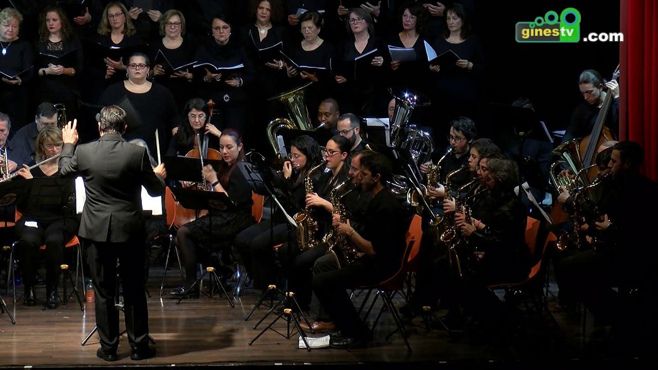 La Banda Municipal ofreció en El Tronío un concierto cofrade a beneficio de la Agrupación San Ginés
