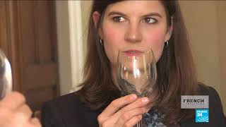 A lesson in table manners from a French Countess