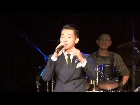 Thanh pho buon - Mai Quoc viet Gia Giong Che linh & cac ca si.mp4