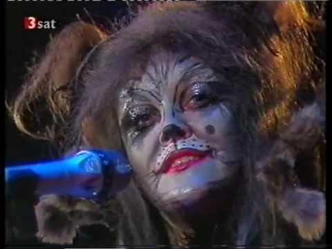 Angelika Milster im Katzenkostüm Erinnerung ZDFHitparade 1984
