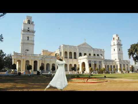 Patiala mahindra college vich kudi ne bhangra paya