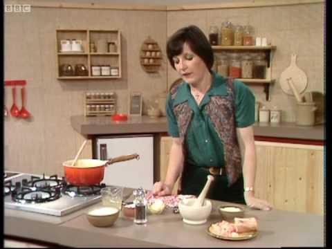 Risotto Milanese - Delia Smith's Cookery Course - BBC
