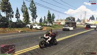 GTA 5 - BEST MOTORCYCLE + POLICE CHASE (CARBON RS)