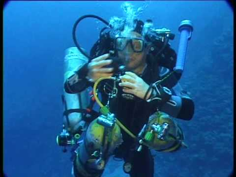 A technical dive at the blue hole dahab short youtube - Tech dive arenzano ...