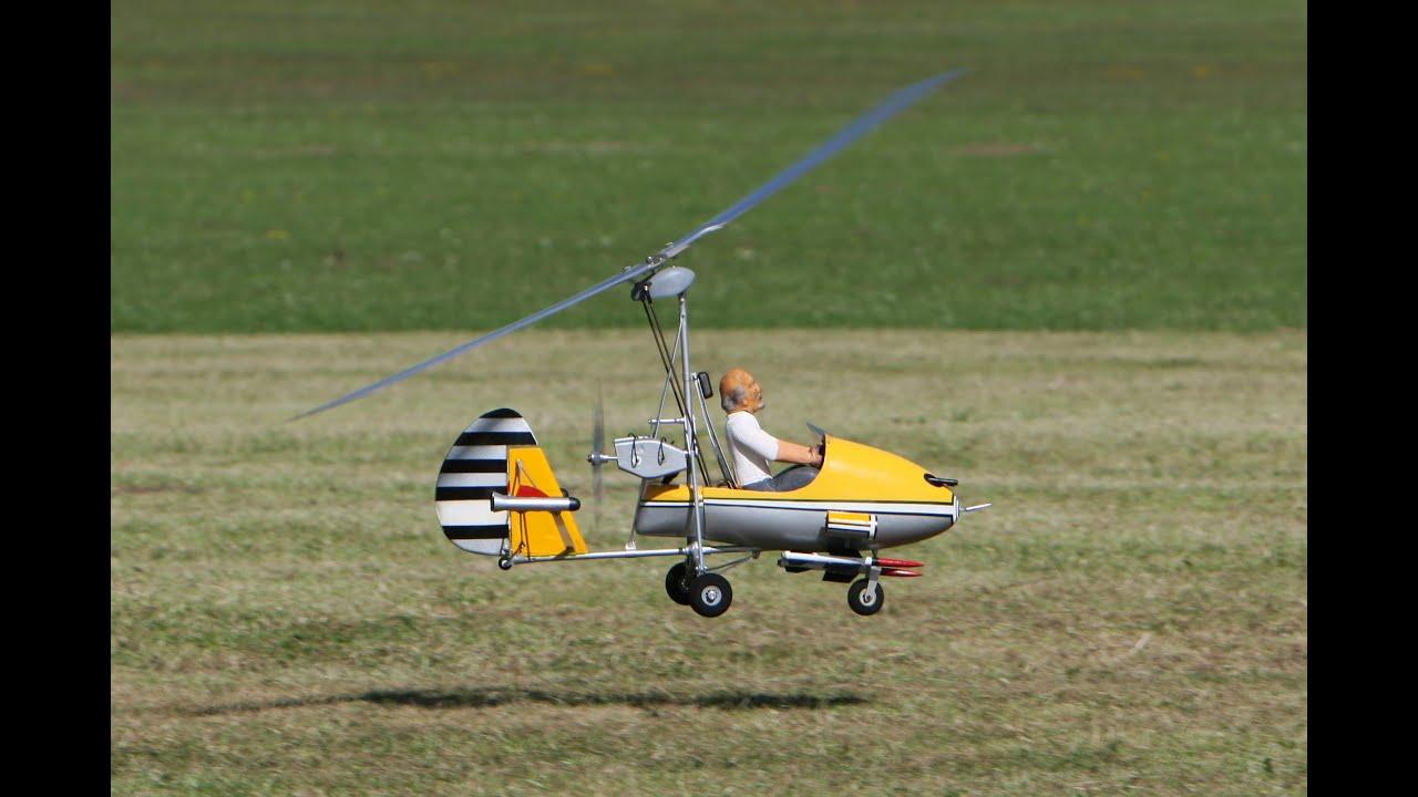 RC Autogyro 'Little Nellie' - YouTube