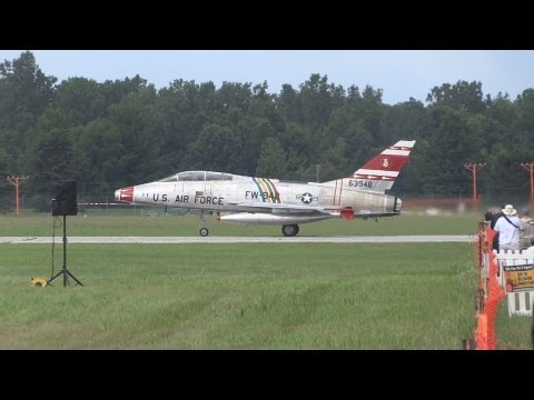 USAF F-100 Super Sabre LOUD Takeoff from Willow Run Airport