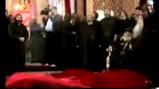 القبض على حمار داخل الكنيسة الأرثوذوكسية