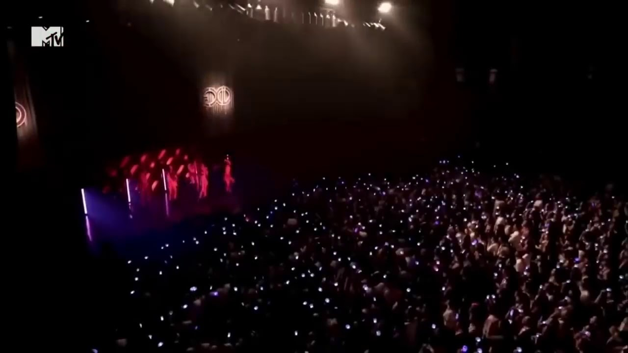 EXID(이엑스아이디) - HOT PINK (핫핑크) 1ST JAPAN TOUR   CREAM