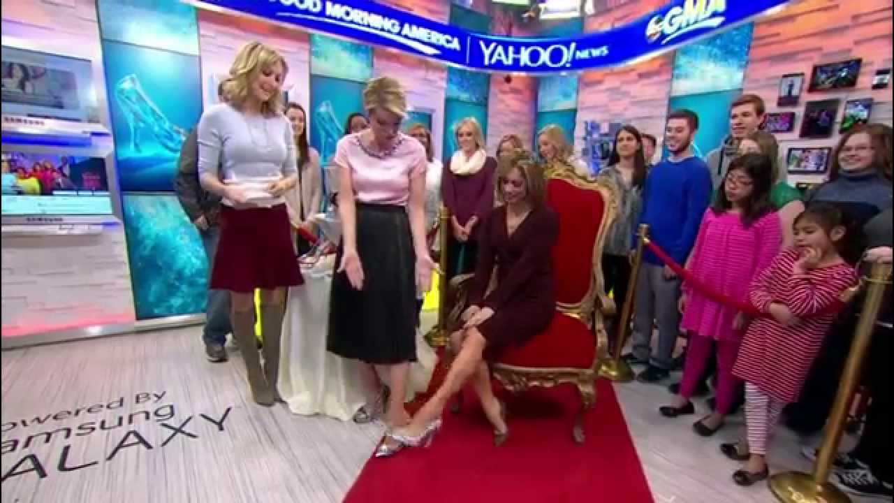 26b1a1221e14 Ginger Zee   Amy Robach - high heels close up   hot legs - March 9