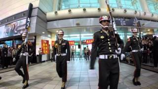 海軍陸戰隊儀隊左營高鐵站快閃演出