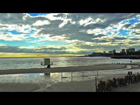 Uruguay,  Playa de Montevideo al atardecer / Montevideo Beach / Turismo viajes vacaciones travel