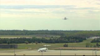 Shuttle Discovery Lands at Dulles