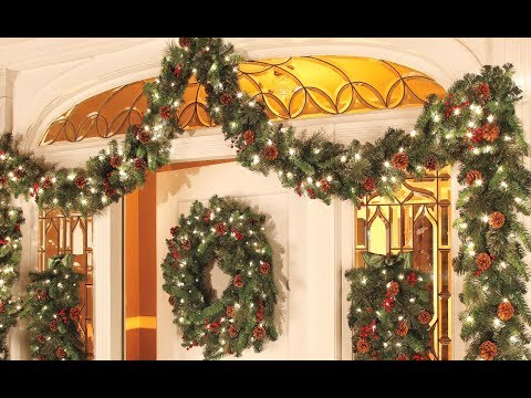 Christmas Decorations Ideas 2018 -   Christmas Garland Decoration Ideas