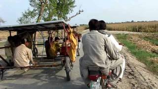 Solar car without batteries (live solar pannels).AVI