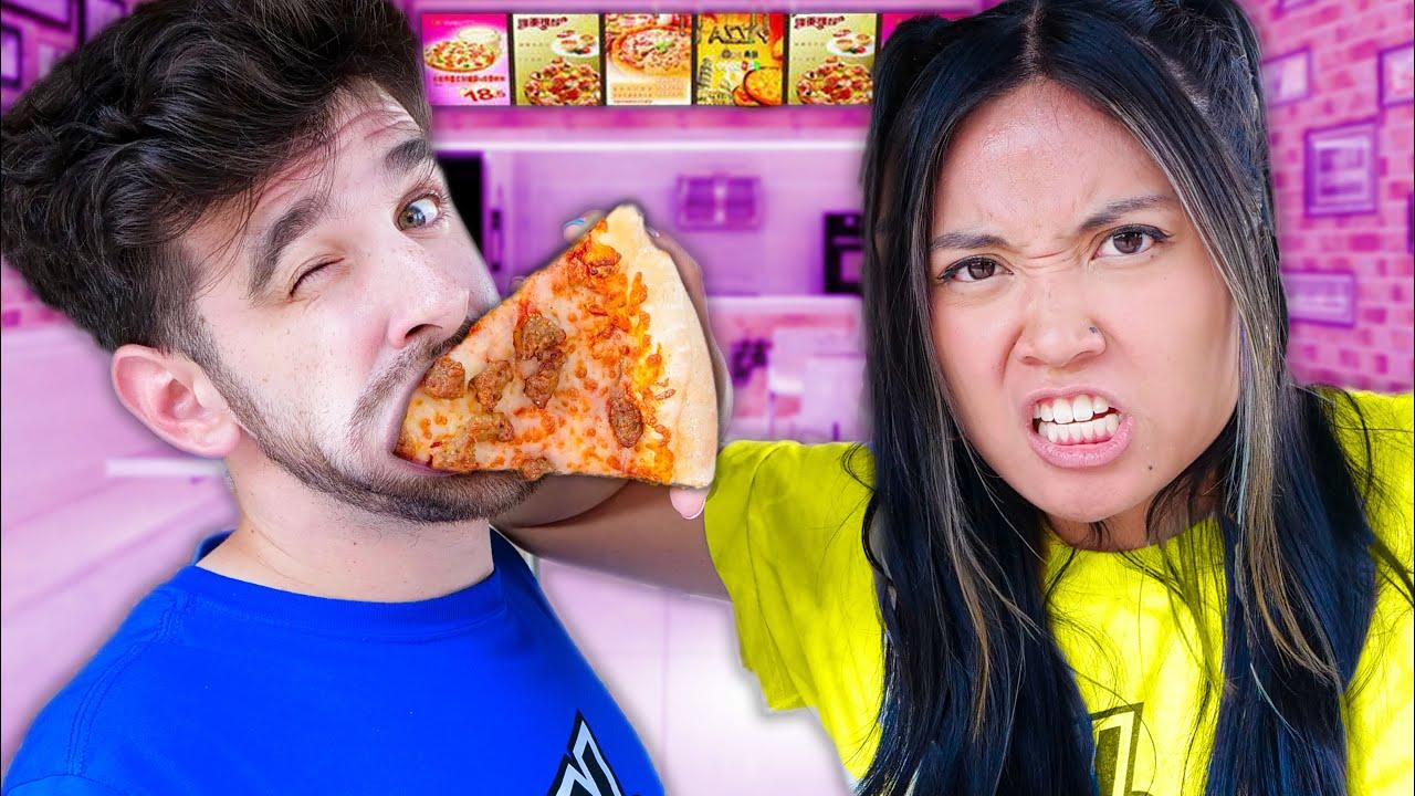 YOU LOSE, YOU EAT! Pizza Simulator in Roblox with Daniel Gizmo & Regina Ginera from Spy Ninjas
