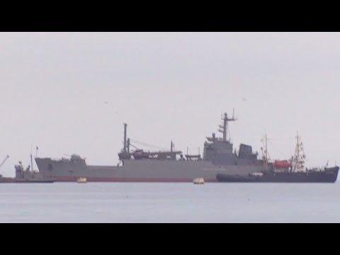 Russian ships block