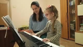 Глазастые пальцы. Фрагмент урока фортепиано