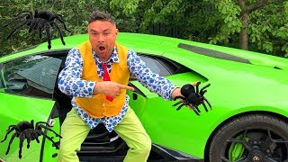 Download Spider VS Mr. Joe found Car Keys in Exhaust Pipe Car of Lambo VS Seigneur Orange on Motorcycle 13+ Mp3 and Videos