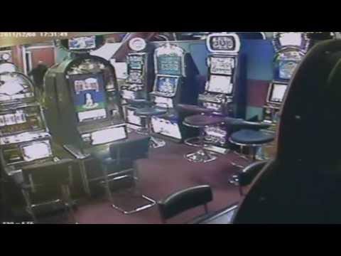 Frustrated gambler robs games arcade - Walkden