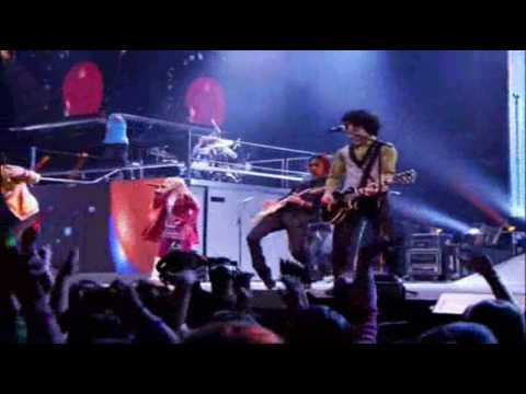 Hannah Montana/FT.Jonas Brothers-We Got The Party(with us) HQ Wide-Screen Best of Both Worlds Concert 2D