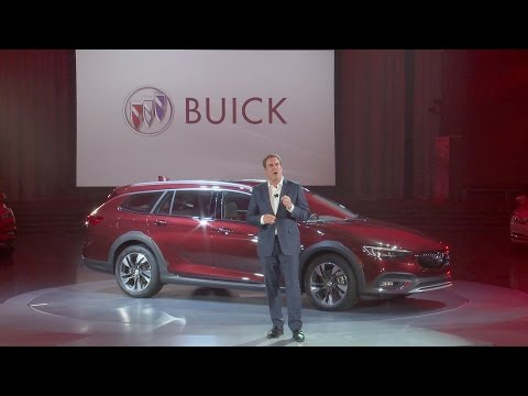 2018 Buick Regal Sportback & TourX Full Reveal, Warren, Michigan