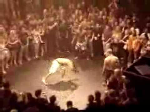 Trận võ đài ngộ nghĩnh (videokyniem.com)