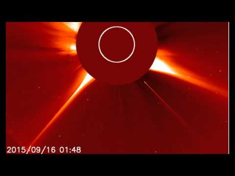 Sundiving Comet Destroyed by The Sun, Amazing Arctic Aurora