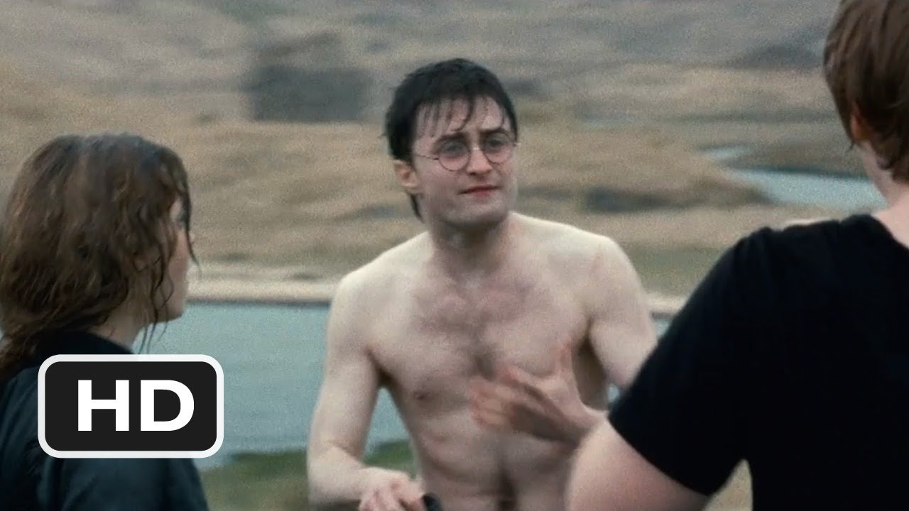 Daniel Radcliffe With His Shirt Off - Nude Pic-6116