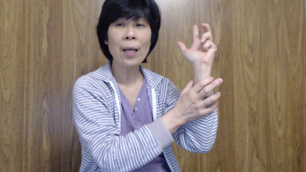 Finger and Hand Exercises – Warm Up Stretches You Can Do Anytime, Anywhere