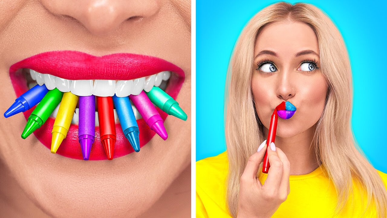 HOW TO SNEAK MAKEUP INTO CLASS || Back To School Beautiful Makeup by 123 GO!