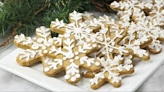 Gingerbread Snowflakes Recipe to Cook with Kids