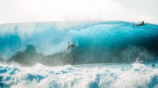 SURFING GIANT WAVES IN HAWAII (PIPELINE)